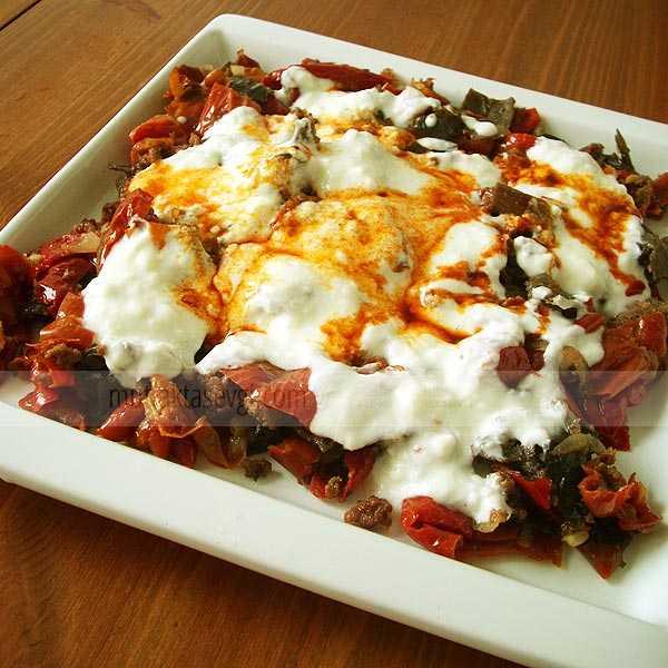 Kıymalı Kuru Patlıcan ve Biber Kızartması